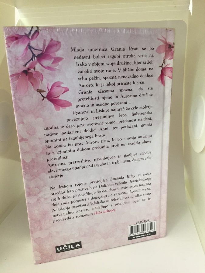Slovenia - girl hardback - back - WRAPPED
